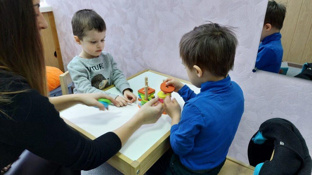 Групповые занятия у логопеда-дефектолога в Харькове