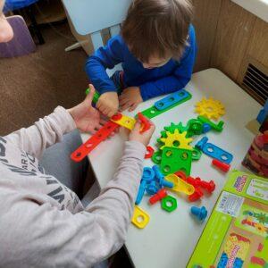 Занятия по сенсорной интеграции при лечии алалии